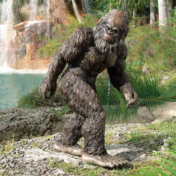 Bigfoot, The Garden Yeti Statue: Large