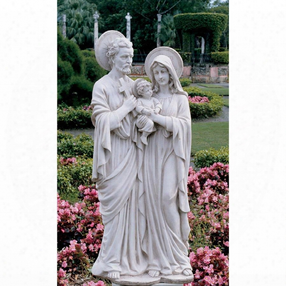 The Holy Family Sculpture: Grande
