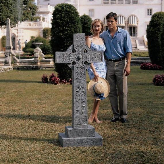 Full-size Chisholm Highland Celtic Cross Statue