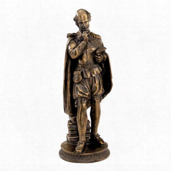 Pondering Shakespeare Sculpture