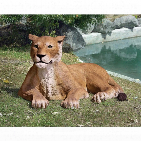 The Grand-scale Wildlife Animal Collection: Lioness Lying Down Statue