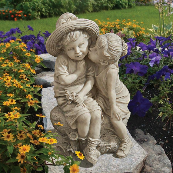 """Kissing Kids"""" Boy And Girl Statue"""