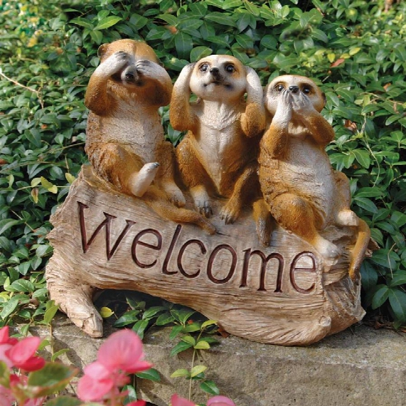 The Meerkat Menagerie Welcome Sculpture