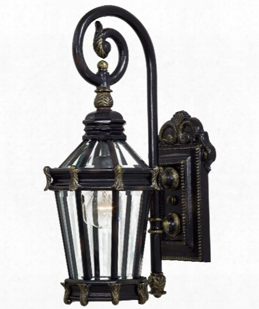 "Stratford Hall 8"" 1 Illuminate Outdoor Outdoor Wall Light In Heritage With Gold"
