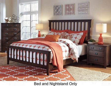 Strenton Queen Bedroom Set With Panel Bed And Nightstand In