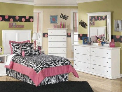 Bostwick Shoals Full Bedroom Set With Panel Bed Dresser Mirror And Chest In