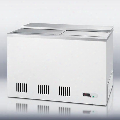 "Scfr70bc 44"" Commercially Approved Chest Freezer With 6.8 Cu. Ft. Capacity Digital Thermostat 8 Wire Storage Baskets And Frost Free Operation In"
