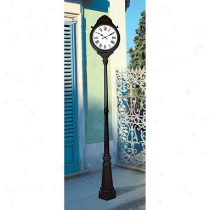 Devonshire Entry  Metal Double-faced Post Clock
