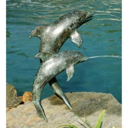 D0lphin Duo Spitting Bronze Garden Statue