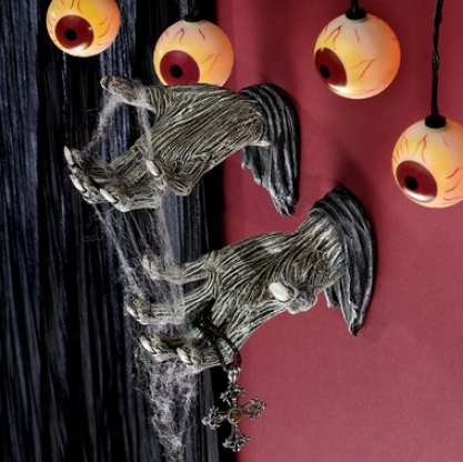 Hands Of The Undead Zombie Wall Sculptures