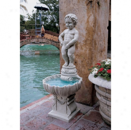 Manneken Pis Fountain With Base