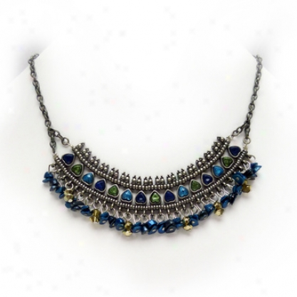 Salome Necklace & Earrings Ensemble