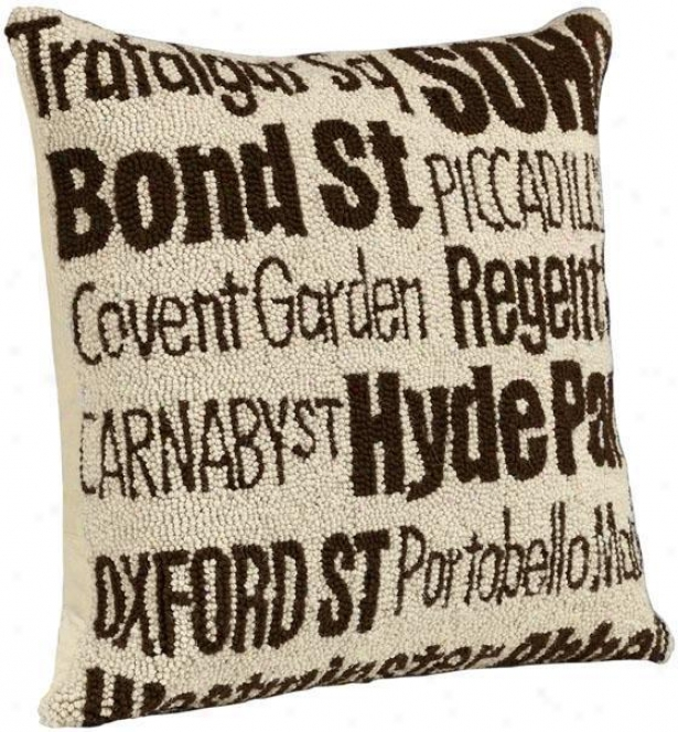 City Hand-hooked Pillow - London, Ivory