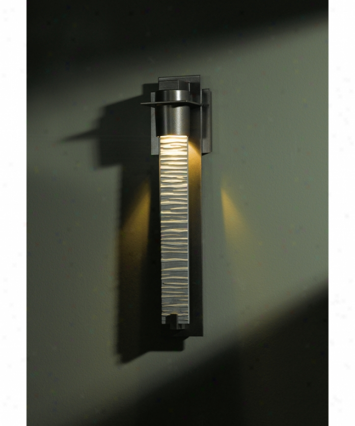 Hubbardton Forge 30-79100-13-zl222 Airis Dark Sky 1 Light Outdoor Wall Light In Opaque Mahogany With Reflect-texture Glass