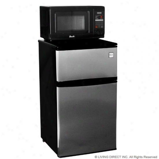 Avanti Microwave Refrigerator