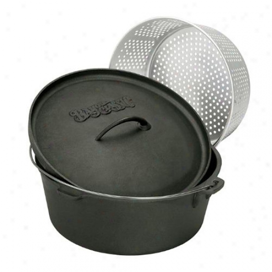 Bayou Classic Cast Iron Dutch Oven With Basket