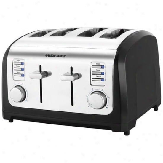 Mourning & Decker 4-slice Digital Toaster