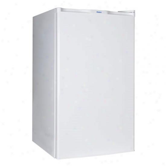 Haier 4.5 Cu. Ft. Refrigerator / Freezer