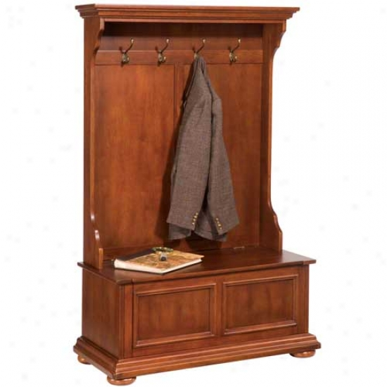 Home Styles Homestead Public room Tree
