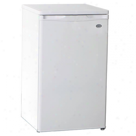 Summit Refrigerator / Freezer- 3.8 Cu. Ft.